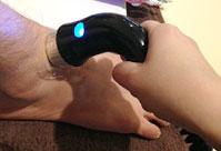 足の腱鞘炎の治療の様子1