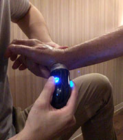 筋肉・靭帯による神経の圧迫の治療の様子1
